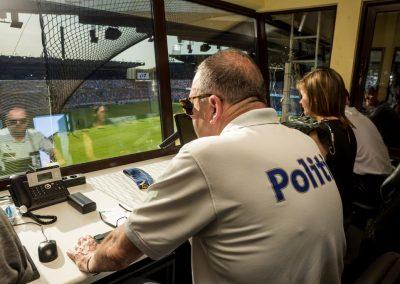 In het spoor van de politie bij een risicomatch